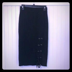 NSF side tie skirt